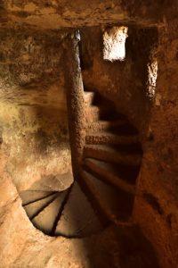 La Forteresse médiévale troglodyte de Jonas<br> Parc Naturel Régional des Volcans d'Auvergne