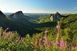 Les Roches Tuilière &amp; Sanadoire<br> Parc Naturel Régional des Volcans d'Auvergne