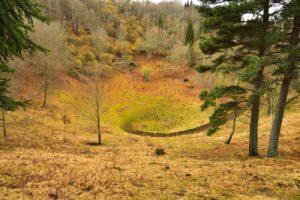 Cratère du Puy de Vichatel<br> Parc Naturel Régional des Volcans d'Auvergne