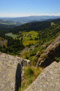 Vue sur le Lac des Truites depuis le Gazon de Faîte<br> Parc naturel régional des ballons des Vosges